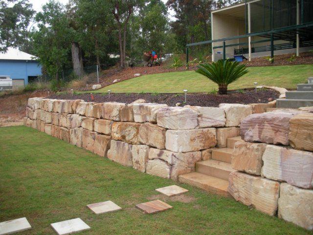 Sandstone fence - sandstone cleaning